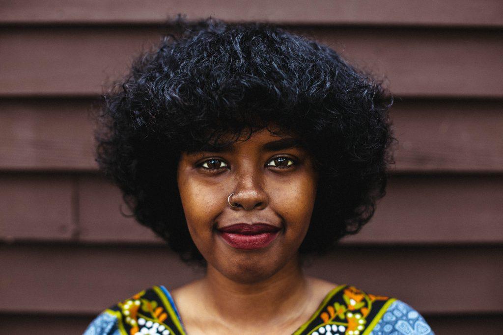 Portrait of artist Riya Jama.
